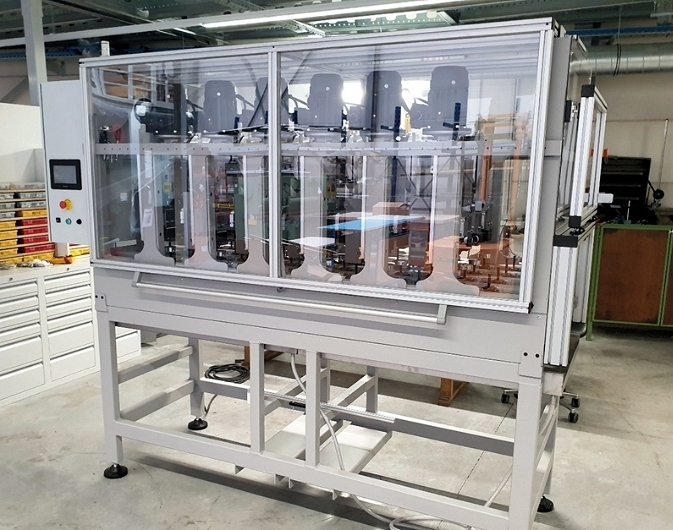 Lifecycle test machine for slatted bed base